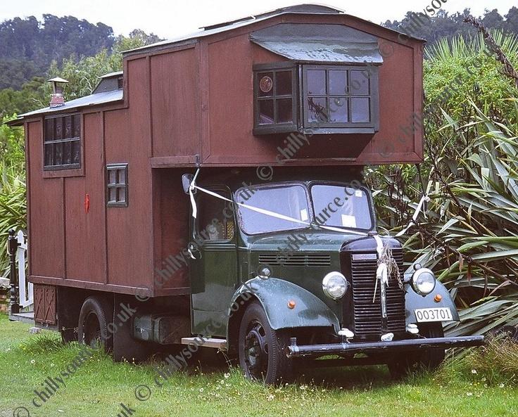 6838702403542015154d55f76054656d--mini-homes-mobile-homes.jpg