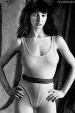 kate_bush_leotard.jpg